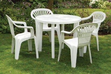 tavoli di plastica da giardino tavoli da giardino plastica tavoli e sedie