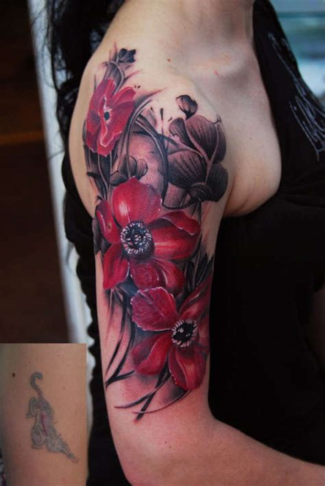artistic  striking flower tattoos designs