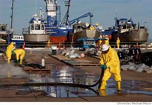 Firm handling oil spill cleanup is mostly unregulated ...