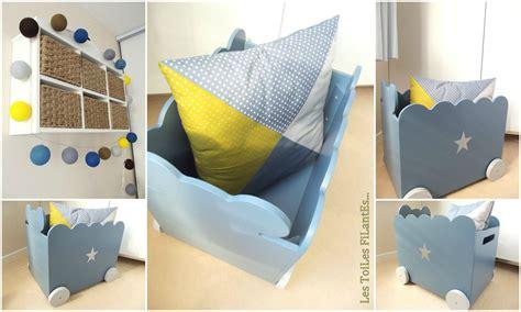 chambre bébé bleu et gris awesome chambre bebe gris bleu jaune gallery design