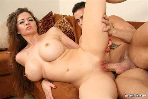 Stepmother Woman Can Her Trimmed June Summers Take Her Fuzzy Twats Pounded