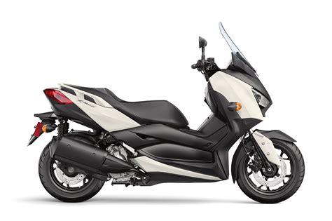 2018 Yamaha Xmax Review • Total Motorcycle