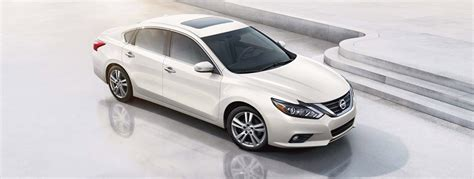 2017 Nissan Altima Interior by 2017 Nissan Altima Interior Specs And Features