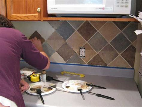 easy to install kitchen backsplash 24 low cost diy kitchen backsplash ideas and tutorials 8853