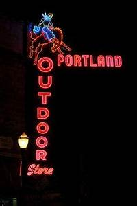 1000 images about Portland Neon Signs on Pinterest