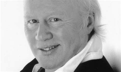 Graham Walker Obituary