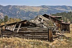 Old Homestead Photograph by Tom McSparron