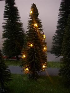 Weihnachtsbaum Mit Lichterkette : weihnachtsbaum mit lichterkette gelb beleuchtet h0 01 01 02 05 ~ A.2002-acura-tl-radio.info Haus und Dekorationen