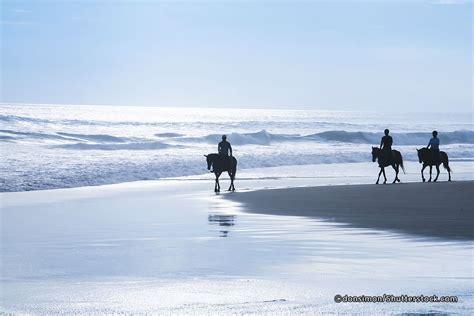 pererenan beach  seseh beach  canggu bali magazine