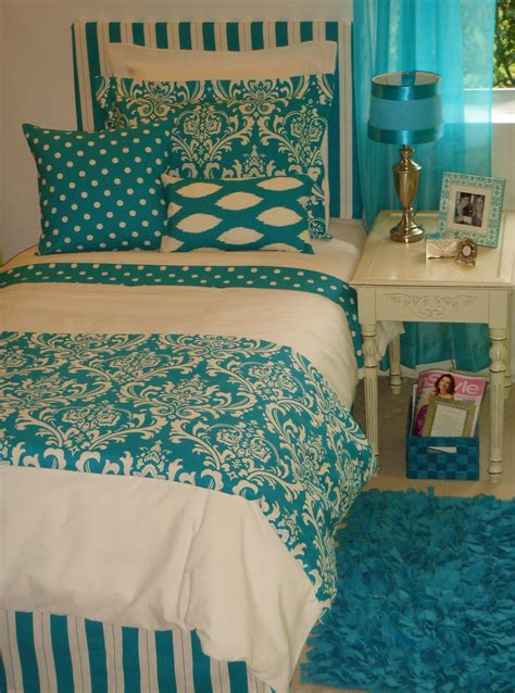 how to choose bedding is mostly all about personal choice if you are choosing bedding for your own bedroom your own favorite color no doubt will be room bedding sets peenmedia com