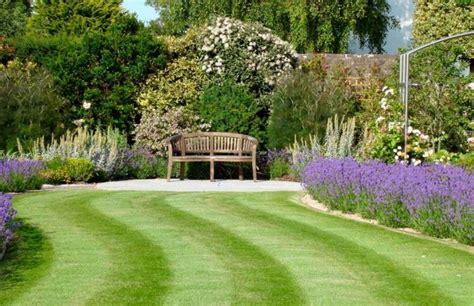 idee amenagement jardin id 233 es am 233 nagement jardin pour une d 233 tente au soleil parfaite