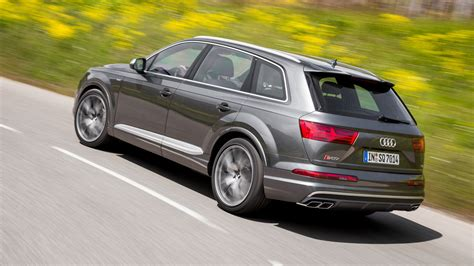 Sq7 Tdi 2016 by Audi Sq7 Tdi 2016 Review By Car Magazine