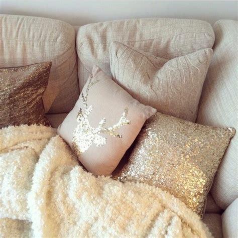 plaid beige canapé trouvez le meilleur plaid pour canapé en 44 photos