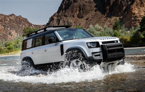 land rover defender officially unveiled