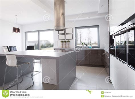 kitchen middle island kitchen island in the middle stock image image of 2301