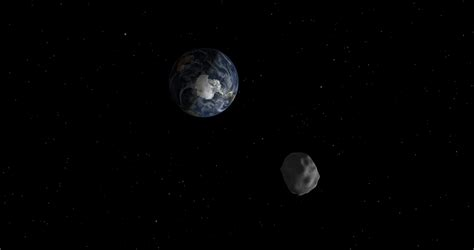2015 TC25: Tiny asteroid is smallest discovered