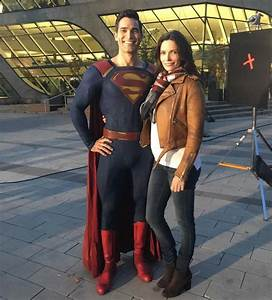 Articles – Page 3 – Tyler Hoechlin Online