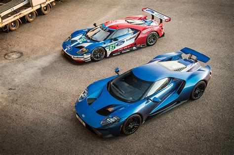 day  reckoning ford gt road car  gte lm racer car