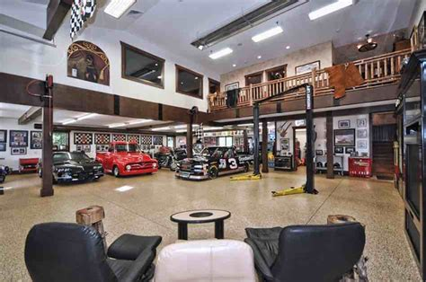 Garage Man Cave Goals Take A Look At These Glorious Garages