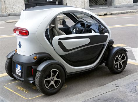 Twizy Rental Electric Car Side And Back Milan Italy