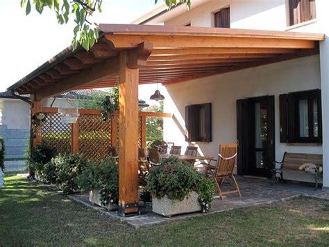 come fare una tettoia in legno tettoia in legno come costruirla i permessi