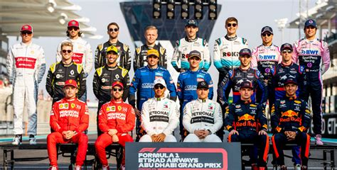 #f1testing #bahrain #vettel #hamilton #verstappen #f12021 #f1 #formel1 #formel1de ▬▬ inhalt ▬▬ 00:00 zusammenfassung: Formel 1: Fahrer-News & Cockpit-Übersicht für 2020   bwin