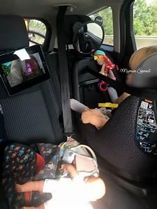 Tablette Voiture Enfant : comment occuper ses enfants en voiture maman connect ~ Teatrodelosmanantiales.com Idées de Décoration