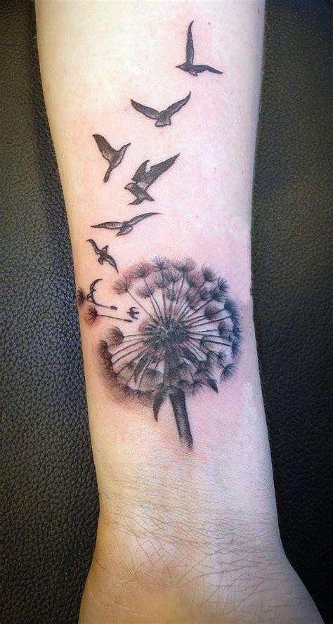 tatouage poignet femme quelques belles photos à voir