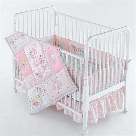 princess baby crib disney princess dreamer 4 pc crib bedding set