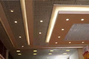 faux plafond en platre maison travaux