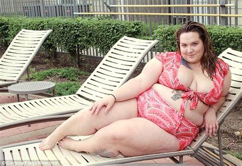 Eagle In Flight Wallpaper Plus Size Women Share Bikini Clad Pictures And Videos As Part Of A Caign Daily Mail Online