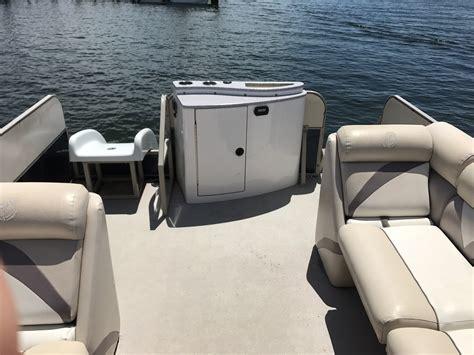 Luxury Boat Rentals Destin destin boat rentals rates voted best on the emerald coast