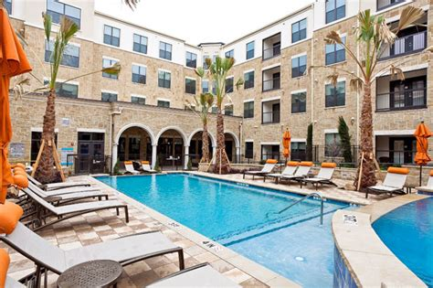 Frisco Appartments by Colonial Reserve At Frisco Bridges Leasing