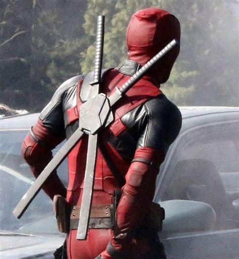Deadpool Swords