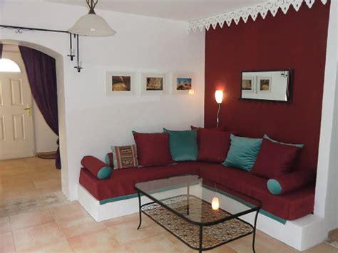 bureau lit mezzanine l 39 intérieur de la maison location en provence