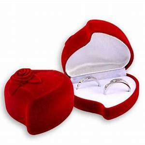 red heart shape velvet ring box engagement wedding jewelry With wedding ring case