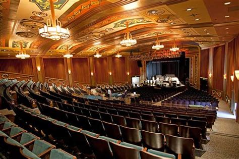 top reasons  catch  show  uptown theatre napavalleycom