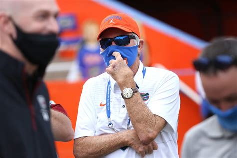 Gators Offense Steady in First Half, Florida Leads South ...