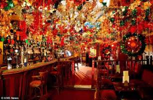 bar of wonder bar of lights the pub decked out in 163 10 000 christmas decorations daily mail