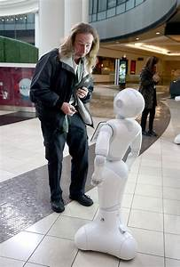 Robots greet Westfield mall shoppers in San Francisco, San ...