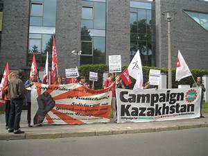 Protest at Kazakh embassy in Berlin: Free Vadim Kuramshin ...