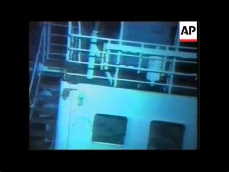 Video Of Fishing Boat Accident by Usa Us Submarine Fishing Boat Accident Wreckage Youtube