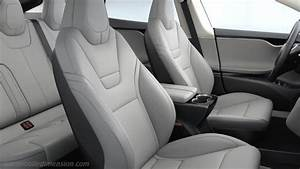 Tesla Model S 2013 dimensions, boot space and interior