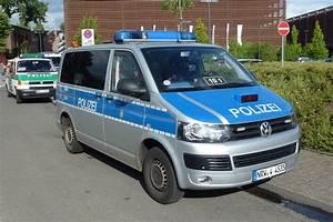 Vw Bus T5 Kaufen : vw bus t5 polizei foto bild autos zweir der ~ Jslefanu.com Haus und Dekorationen