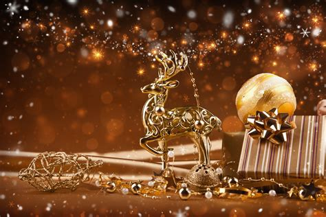 reindeer new year ornaments golden christmas lights
