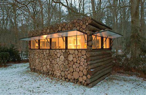 diy log cabin hans liberg s recording studio log cabin curbly