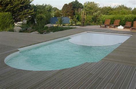 piscine bois avec escalier integre piscine avec escalier et couverture immerg 233 e mod 232 le syracuse pisciniste toulouse