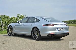 Porsche Panamera Hybride : 2018 porsche panamera e hybrid first drive specs photos and more digital trends ~ Medecine-chirurgie-esthetiques.com Avis de Voitures
