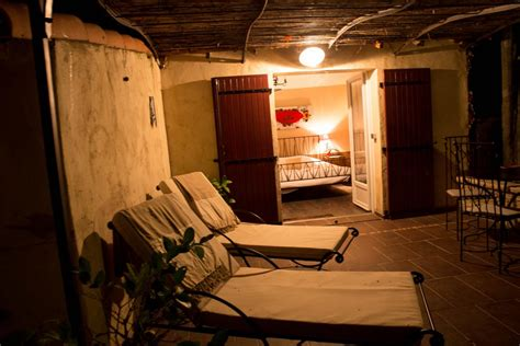 chambre d hote bouche du rhone louer chambre romantique à plan d 39 orgon pour 2 et
