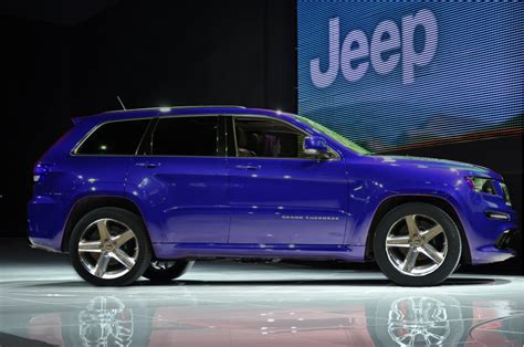 blue jeep grand cherokee srt8 2012 jeep grand cherokee srt8 revealed page 3 cherokee